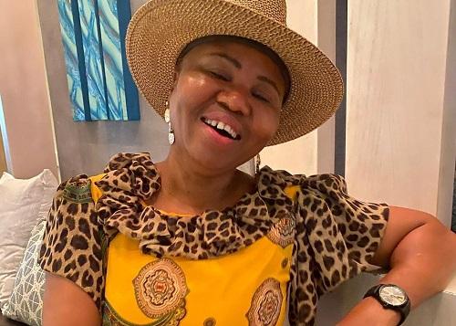 Lindiwe Zulu background