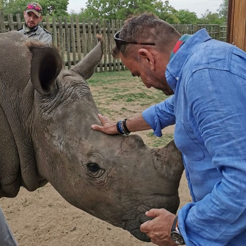 Andre Schwartz animal lover