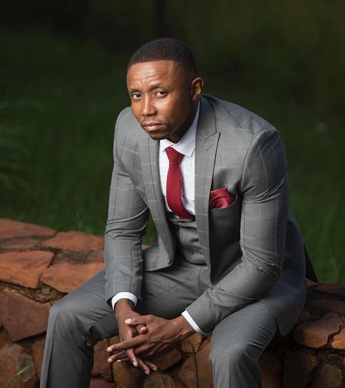 Sdumo Mtshali biography