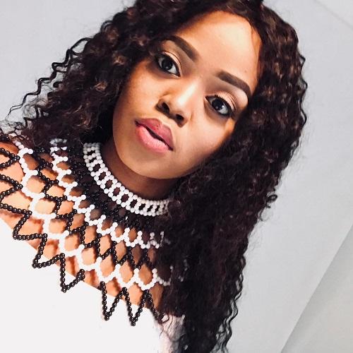 Luyanda Mzazi baby bump