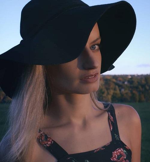 Danielle Retief profile